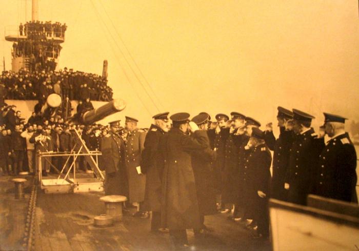 фото довоенных авианосцев царское время николаев корюшку можно